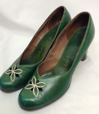 40s 'Bare Foot Originals' Green Leather Shoes with Cut Out Petal Design & Studs.