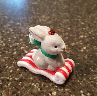 Avon Gift Collection Frosty Treats Christmas Ornament / Rabbit NIB
