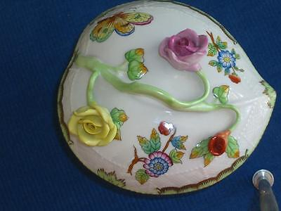 Herend Queen Victoria, Large Heart Shaped Porcelain Box 6002
