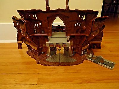 Star Wars Attack of the Clones Geonosis Battle Arena Playset w/ Box