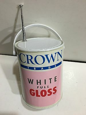VINTAGE NOVELTY CROWN WHITE GLOSS TIN RADIO FM BAND FROM THE 1970s- 1980s