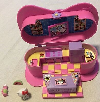 Hello Kitty Cooking Show Carry Along Playset Mini Figures