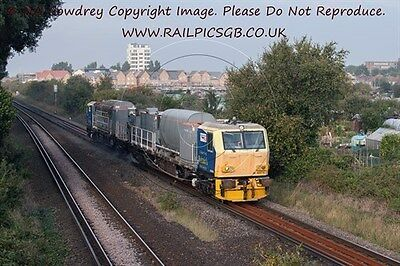 Colour Photo of Network Rail MPV DR98979 at West Worthing 2015
