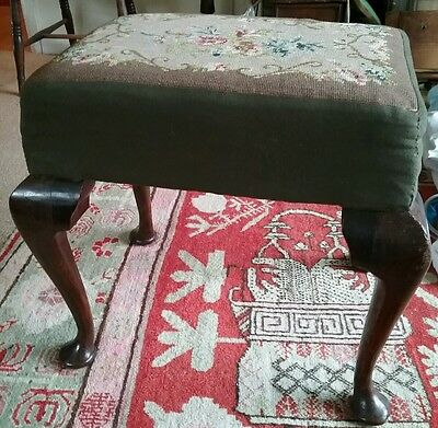 Pretty victorian  tapestry seated heavy set  dressing table,piano stool