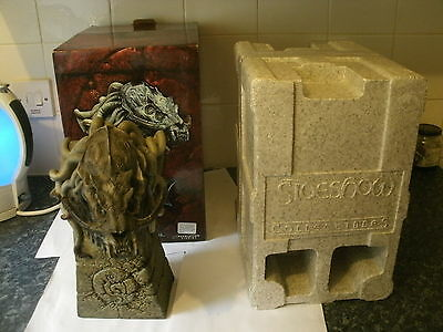 Hellboy Boxed Sammael Polystone Bust Statue Sideshow Number 297 Of 1500