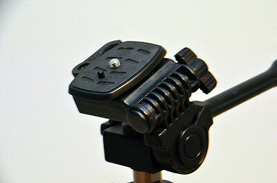 Quick Release Plate for Platinum Plus 5858D Tripod by Sunpak