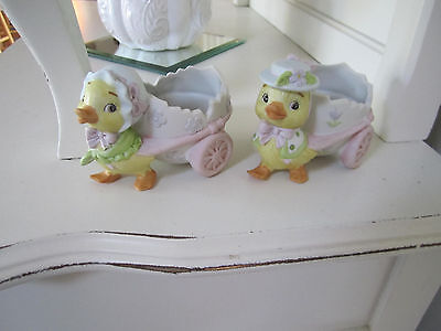 Mr & Mrs Lefton Ducks pulling Egg Cart Figurine
