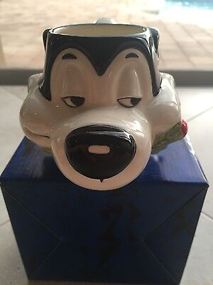 Looney Tunes Pepe Le Pew collectible ceramic figural mug by Applause Warner Bros