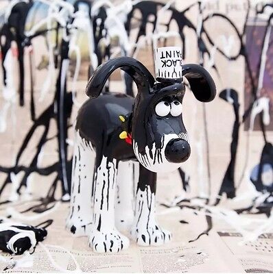 Wallace and Gromit Unleashed  - Black Paint Gromit.