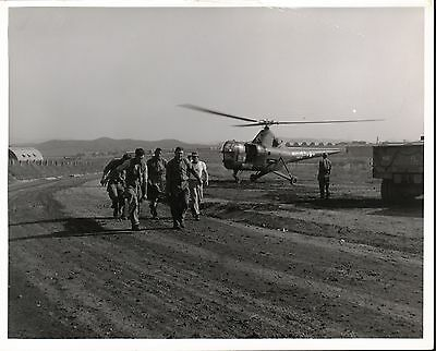 Troops in Korea Carry Wounded from Helicopter US Navy Photo 1950