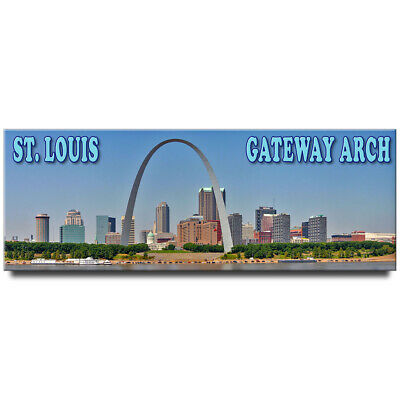 Fridge magnet with panoramic view of St. Louis Gateway Arch STL