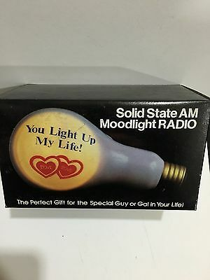 VINTAGE NOVELTY BULB MOODLIGHT RADIO AM(MW)- BAND FROM THE 1970s- WITH BOX