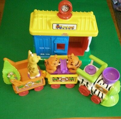 fisher price little people circus train and train station