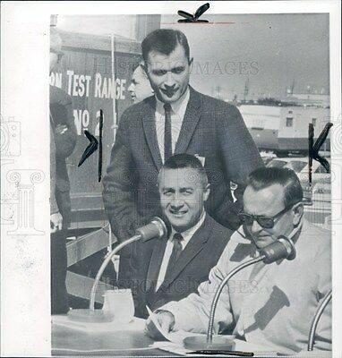 1965 Astronauts Grissom & Young Press Photo