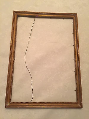 Vintage Wooden Picture Frame with Beaded Edge Detail