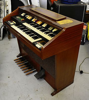 Hammond Organ with built in Leslie