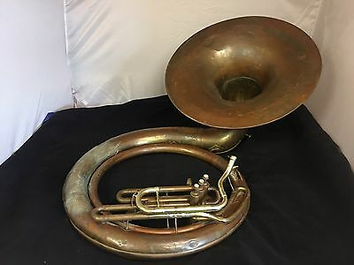 """Holton Brass Bb Sousa/Sousaphone 26"""" Bell. Vintage! Original! With Used Case"""