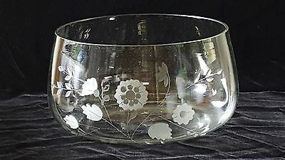 Large etched clear glass bowl - 10 inches wide