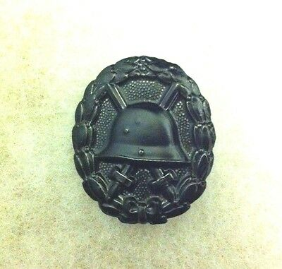 Imperial Army Wound Badge In Black (1914-1918)