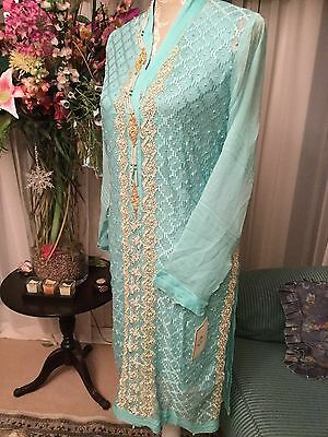 Agha Noor 4 piece latest design beautiful gold embroidery stunning design (BNWT)