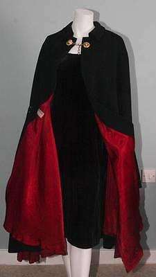 Vintage Moss Bros Covent Garden Black Hunting  Cloak Cape Red Lining Goth (4146)