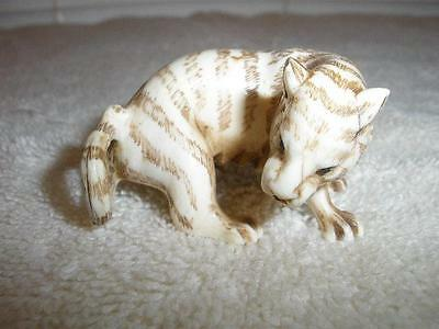 Netsuke hand carved figure cat tiger signed exquisite