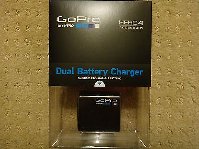 GoPro Dual Battery Charger & Battery For HERO4 AHBBP-401