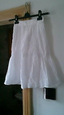 BNWT Girls White Maxi Skirt By Young Dimensions... Age 3-4 Years