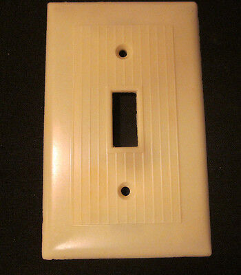 Vintage Ivory Bakelite Ribbed Lines Switch Wall Plate Cover Snapit Art Deco