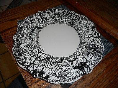 222 Fifth Wiccan Lace Dinner Plates  BLACK CAT SKULL WITCH HALLOWEEN
