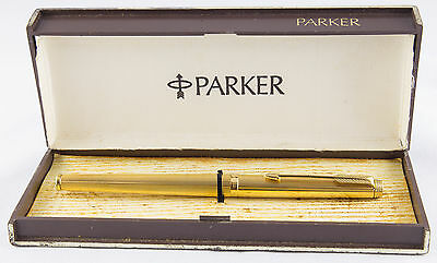 Parker 180 Fountain pen. Made in France. Gold.