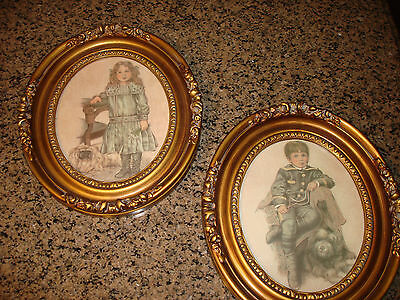 """VINTAGE OVAL Ornate Picture Frame Composite Wood Look 13"""" Tall"""