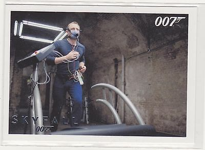 james bond skyfall SILVER parallel no 27 autographs and relics