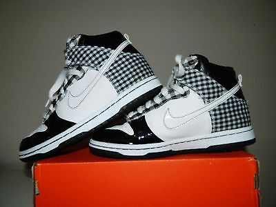 Nike white/black boys girls women Hi Top Trainers boots UK Size 3 EU 35.5