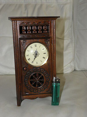 STUNNING ANTIQUE MINIATURE wood MANTLE CLOCK vintage retro uhr