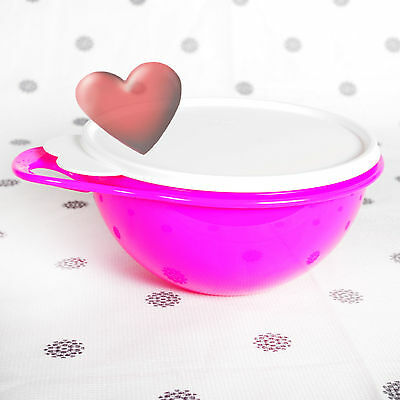 NEW Tupperware Thats a Bowl Junior in Fluro Pink with Seal 1.4 Litre