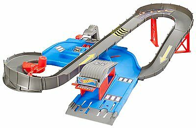 Hot Wheels City Speedway Playset with Vehicle