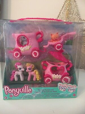 MLP Ponyville Tea Cup Parade With Cupcake & Strawberry Swirl New Set