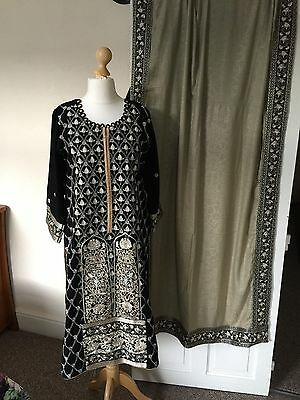 Brand New Original Charizma Winter Collection Shawl Stitched Suit Medium