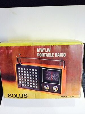 Vintage Radio Model Solus Bands  Mw(-Am) - Lw- 1960S With Box