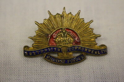 Vintage Australian Commonwealth Military Forces HAT BADGE, Red, Blue & Gold Tone