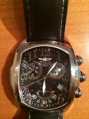 Beautiful Mens Jumbo Chronograph  Invicta  Watch   Black Leather Band Never Worn