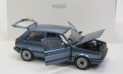 VW Golf 2 CL ( 1989 ) blau met. / Norev 1:18