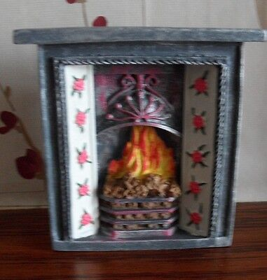 Lovely  Fireplace for the DOLLS HOUSE