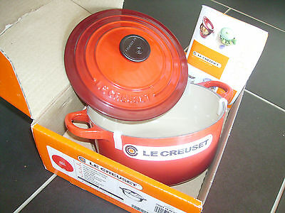 Neuf cocotte ronde tradition cerise 18cm