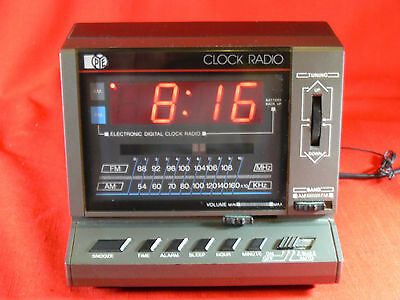 VINTAGE Pye ECR23 Electronic Clock Radio, Works, 1970s-80's Retro - COLLECTABLE