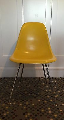 Eames Herman Miller DSX Fibreglass Dining Chair(s)