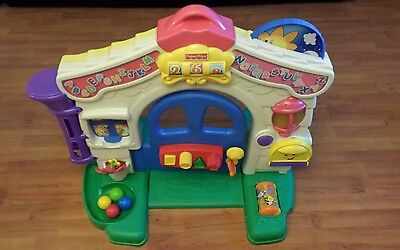 Retired Fisher Price Laugh and Learn Learning Home Play House Baby Infant Toy