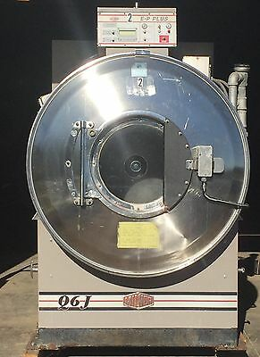 Milnor Used 42026Q6J 135Lb Washer Extractor