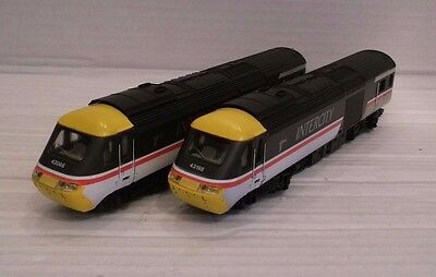 Hornby Class 43 HST InterCity 125 Two-Car Set. BR Swallow Livery with Lights.